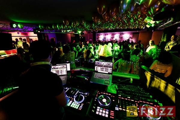 2017-03-11,_30-deluxe-party, 8750-disco-79.jpg