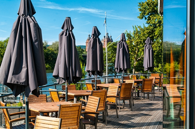 Café & Restaurant Pier 18