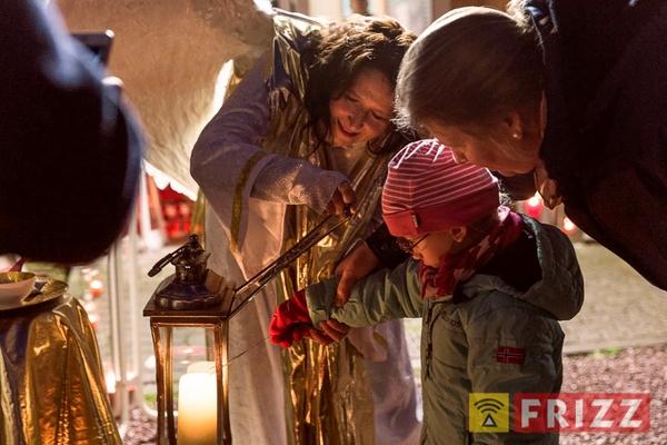 2017-12-16_weihnachtsmarkt-herzmensch-49.jpg