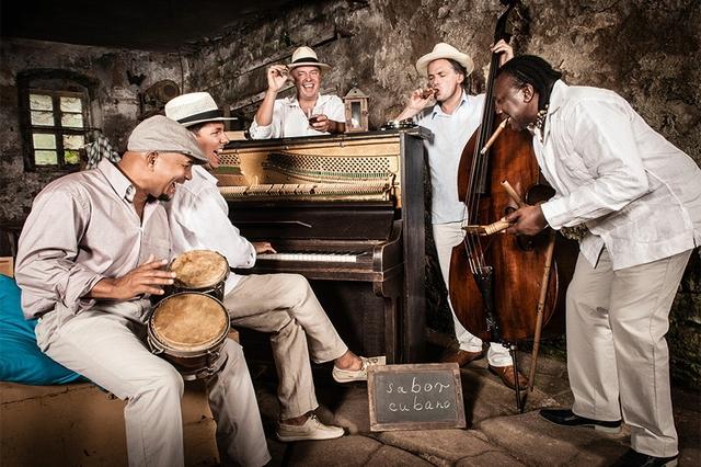 Clas- sic meets Cuba