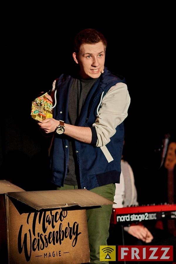 18-03-15_erthaltheater_lichttvorhang_0023.jpg