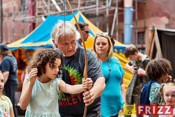18-05-12_schlosshof_mpsritterfest_17.jpg