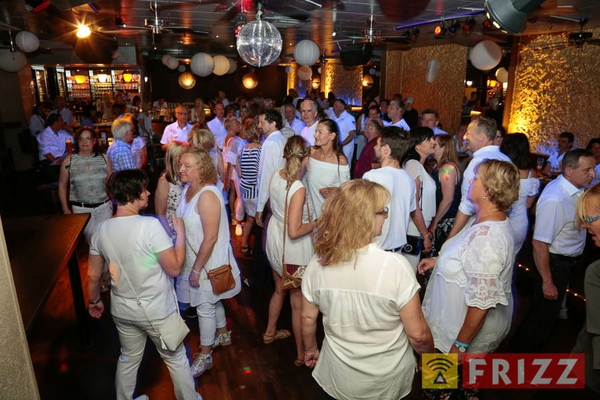 2018-05-09_white-party_tanzparadies-29.jpg