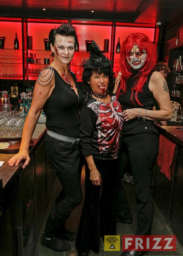 2018-10-31_halloween-tanzparadies-39.jpg