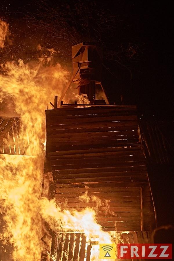 181221_lan2212sai_burning186.jpg