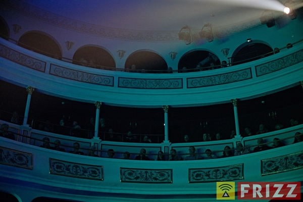 181212_theater_echoes023.jpg