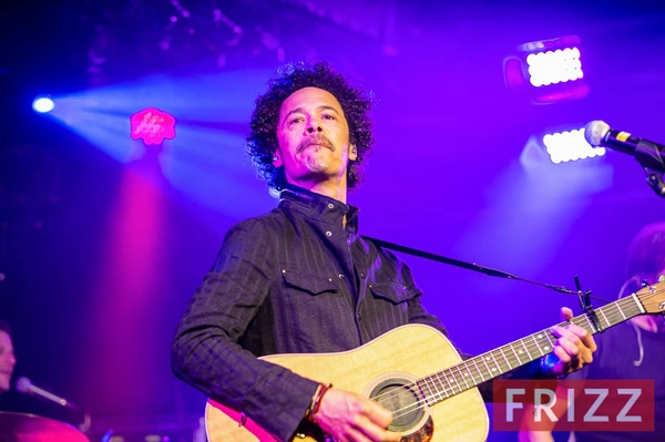 201-04-11_eagle-eye-cherry-30.jpg