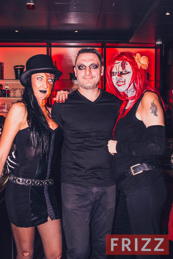 2019-10-31_halloweenparty-tp-40.jpg
