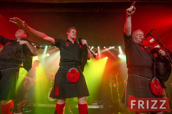 2019-11-06_red-hot-chilli-pipers-4.jpg