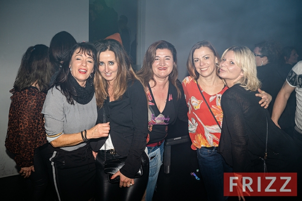 2019_12_07_Club_Anna_Cave_Frizz_ONLINE23.jpg