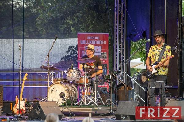 2020-07-23-abtown-houzeband-sommerbuehne-20.jpg