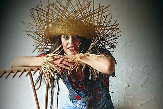 lilli-chapeau-I.jpg