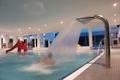 Hallenbad_Lehrschwimmbecken_dusche.JPG