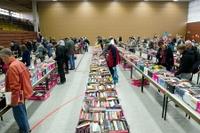 73. Benefiz-Bücherflohmarkt