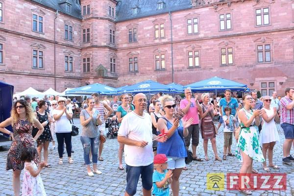 2016-08-27_faust-buehne-schlosshof-24.jpg