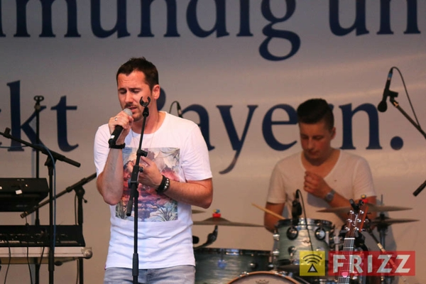 2016-08-27_faust-buehne-schlosshof-39.jpg