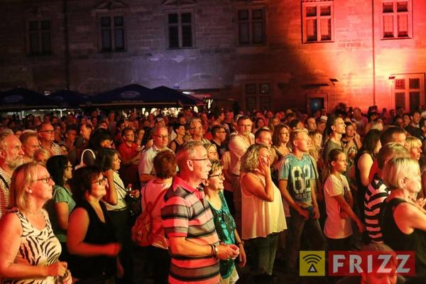 2016-08-27_faust-buehne-schlosshof-65.jpg