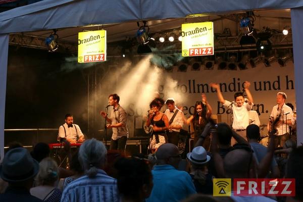 2016-08-28_faust-buehne-schlosshof-84.jpg