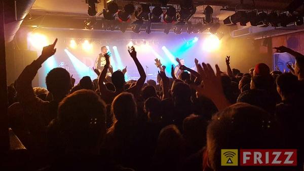 2016-11-23_donots-colos-saal.jpg
