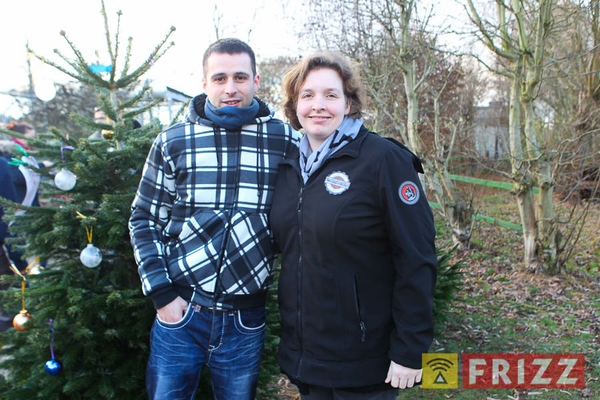 2016-12-10_christbaumverkauf-tierheim-ab-1.jpg