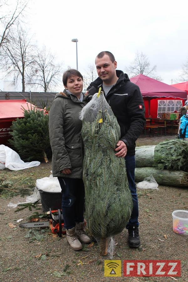 2016-12-10_christbaumverkauf-tierheim-ab-17.jpg
