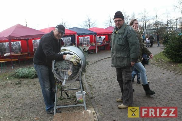 2016-12-10_christbaumverkauf-tierheim-ab-9.jpg