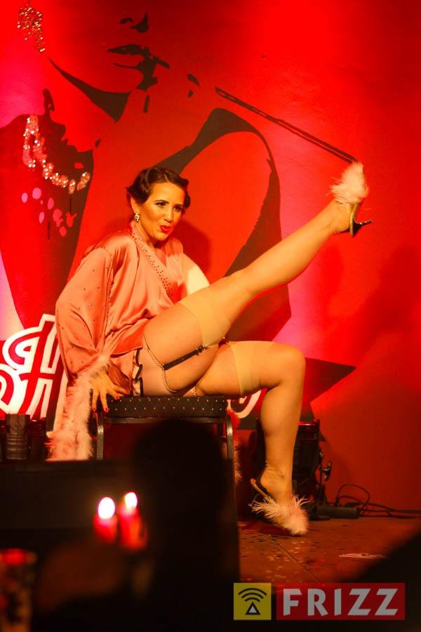 2016-02-04_night of burlesque-23.jpg