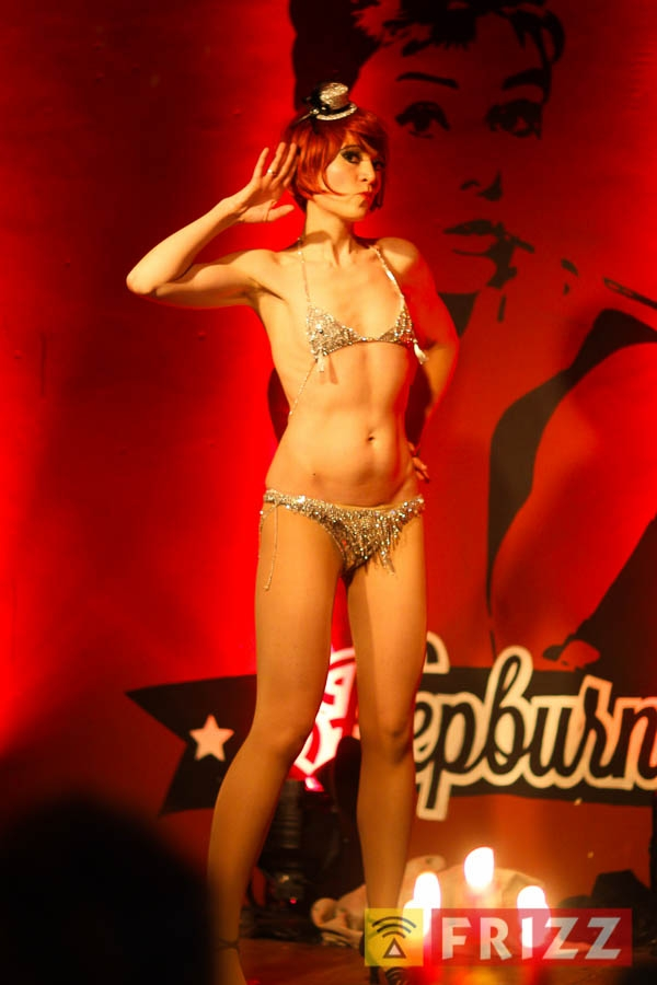 2016-02-04_night of burlesque-29.jpg