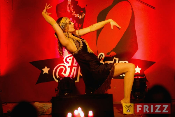 2016-02-04_night of burlesque-3.jpg