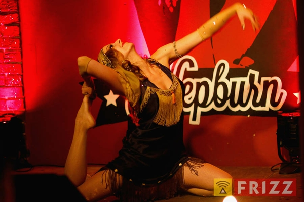 2016-02-04_night of burlesque-4.jpg